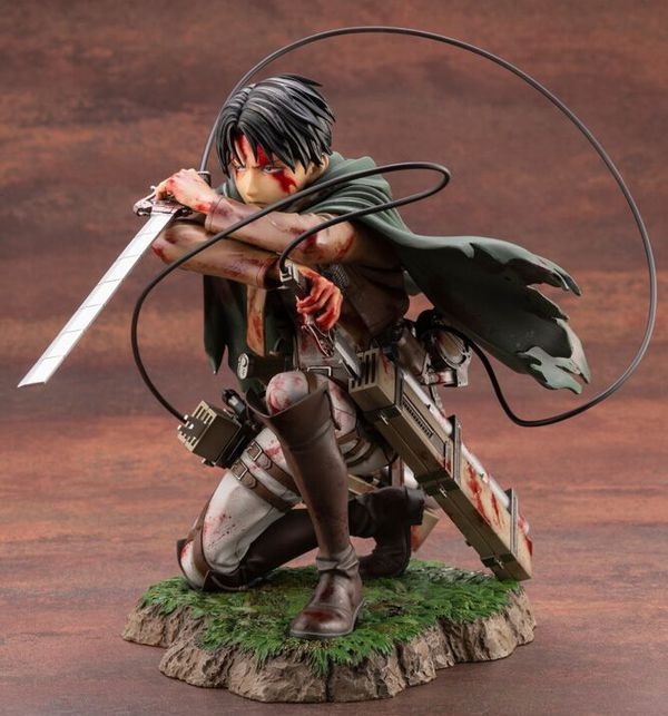 Фигурка  Атака на Титанов - Леви (Attack On Titan - Levi Fortitude Ver., ARTFX J) УЦЕНКА