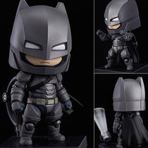Фигурка Бэтмен Нендроид (Batman Nendoroid - Justice Edition)